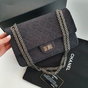 Chanel 2.55 Reissue Bag 225
